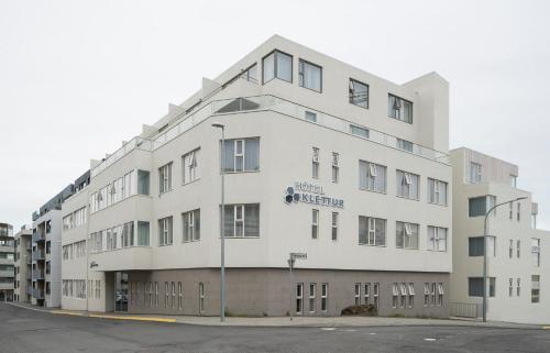 Mjölnisholt 12-14, 105 Reykjavík, Iceland.