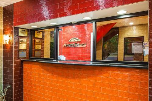 Howard Johnson Express Inn North Plainfield Photo