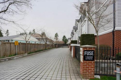 Surrey Downtown Townhouse - Surrey, BC V3T 3C5