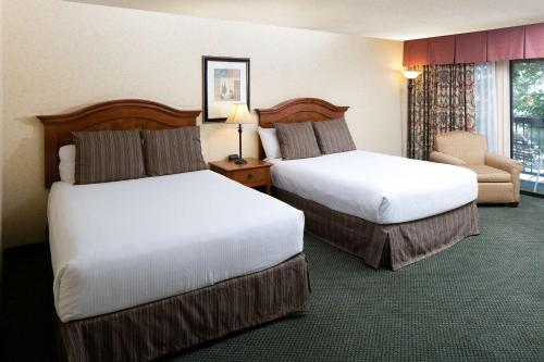 Red Lion Hotel Redding Photo