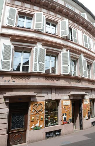 les appartements saint nicolas location saisonni re 8 rue des serruriers 68000 colmar. Black Bedroom Furniture Sets. Home Design Ideas