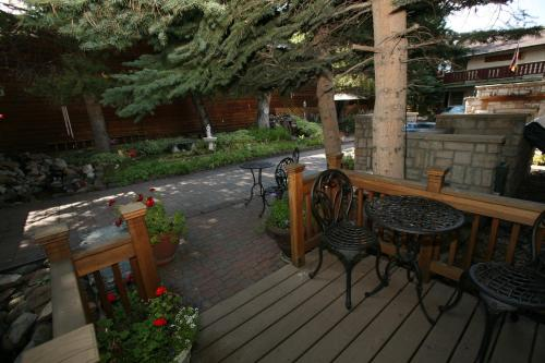 Frisco Lodge - Frisco, CO 80443
