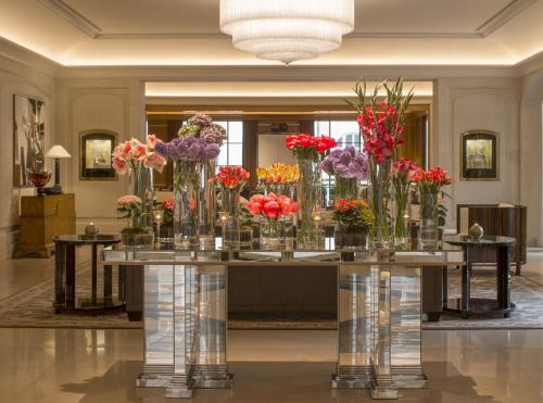 Four Seasons Hotel Prague - 13 of 81