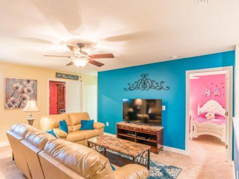 Belle Terre Road 1458 - Kissimmee, FL 33837