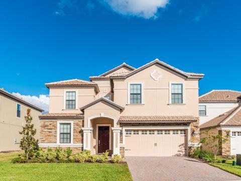 Belle Terre Road 1455 - Kissimmee, FL 33837