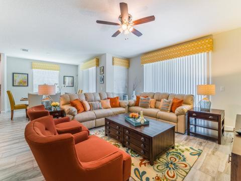 Solterra Circle 5440 - Kissimmee, FL 33837