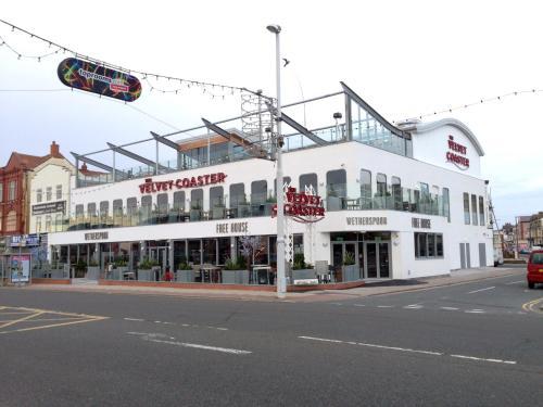 Mojitos Group Weekends Blackpool In