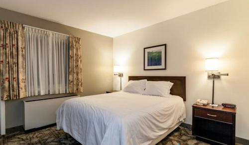Attitash Grand Summit Hotel Photo