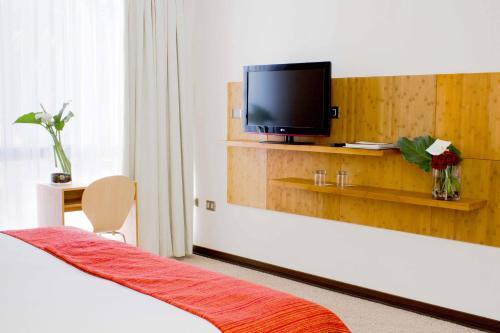 Open Hotel Photo