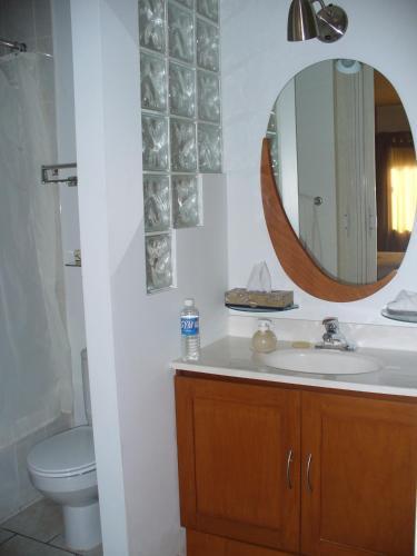 Confort Ejecutivo Suites Linda Vista, Monterrey
