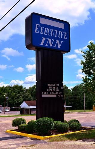 Executive Inn Opp Photo