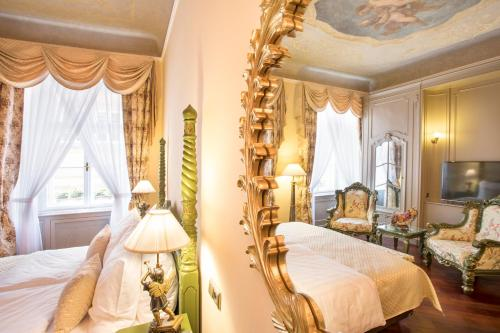 The Iron Gate Hotel & Suites - 30 of 102