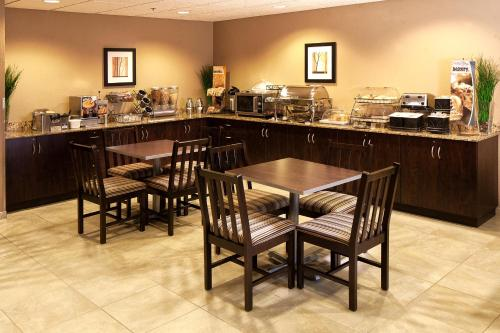 Microtel Inn & Suites - St Clairsville Photo