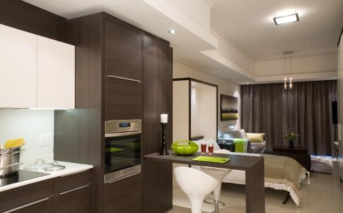 The Residences Crystal Towers Photo