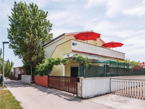 Apartment Zukve XIII ulica