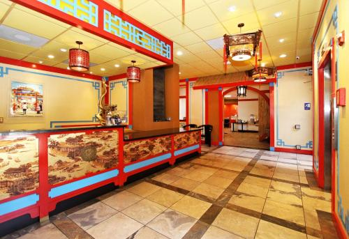 Best Western Plus Dragon Gate Inn photo 12