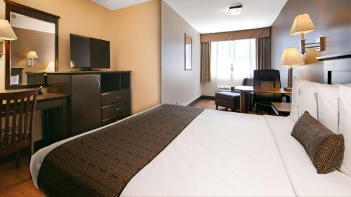 Best Western Plus Dragon Gate Inn photo 19
