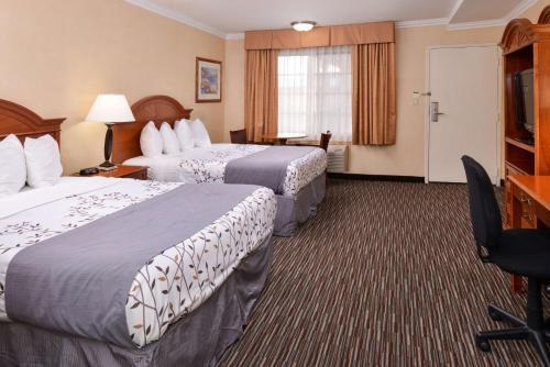 Best Western Airpark Hotel Photo