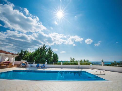 Holiday home Podvrsje 47 with Outdoor Swimmingpool