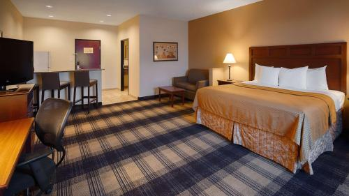 Best Western Lockhart Hotel & Suites Photo