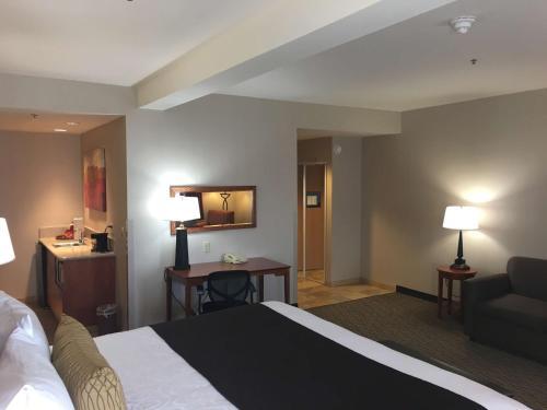 Best Western Plus Arrowhead Hotel - Colton, CA 92324