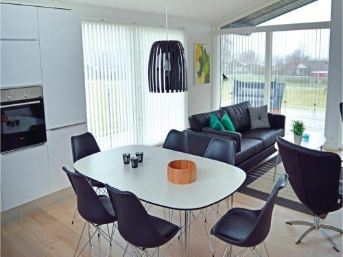Holiday Home Frederikshavn 03