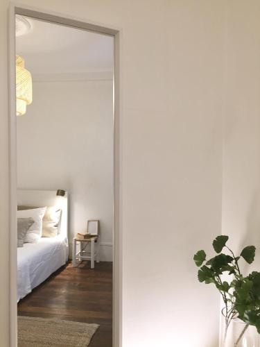 Appartement Paris-Saint Martin photo 2