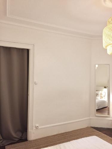 Appartement Paris-Saint Martin photo 3