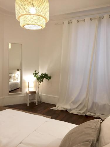 Appartement Paris-Saint Martin photo 16