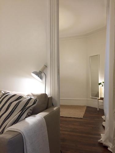 Appartement Paris-Saint Martin photo 28
