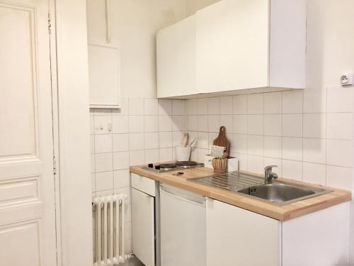 Appartement Paris-Saint Martin photo 29