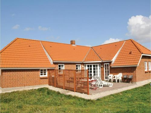 Holiday home Lyngdraget III