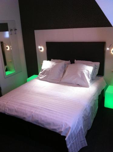 Hotel Vossius Vondelpark photo 23