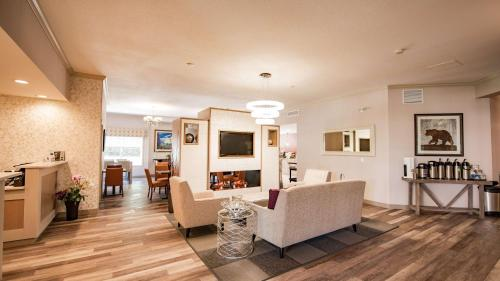 Best Western Mountainview Inn - Golden, BC V0A 1H2