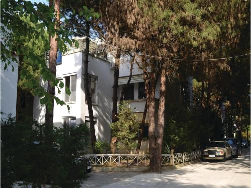 Apartment Fshatrave 03