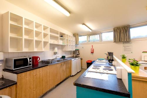 YHA London Thameside Photo