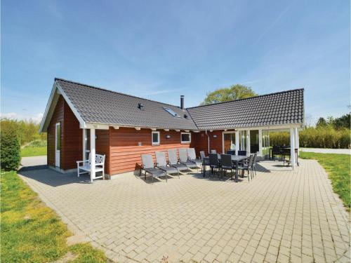 Holiday Home Vibelunden RØdby X