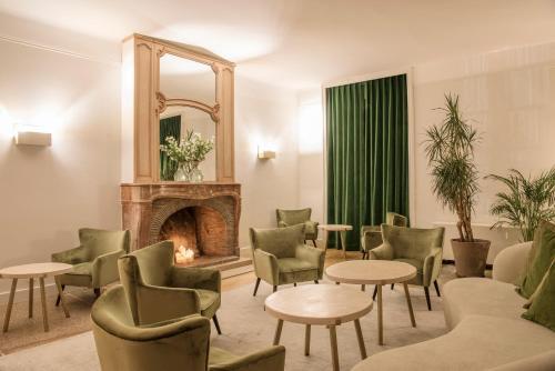 Hôtel Restaurant De La Poste & Du Lion D'or