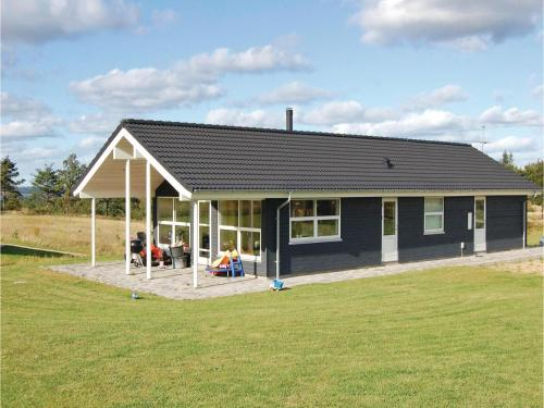 Holiday home Lynderupvej