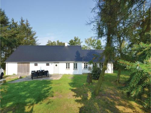 Three-bedroom Holiday Home In Frostrup