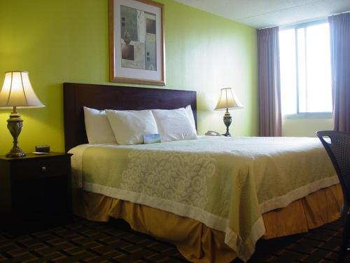 Danville Days Hotel & Conference Center Photo