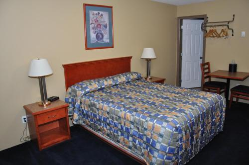 Linda Vista Motel - Surrey, BC V3W 4Z3