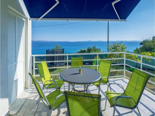 Holiday Home Split with Sea View 02