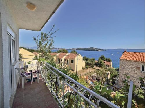 Apartment Seget Vranjica with Sea View V