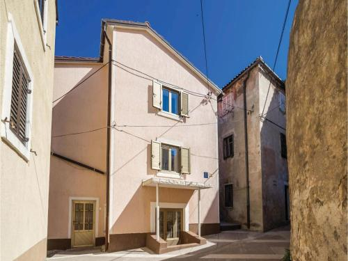 Two-Bedroom Apartment in Senj