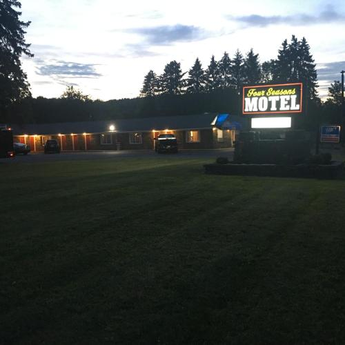 Four Seasons Motel - Albany Photo
