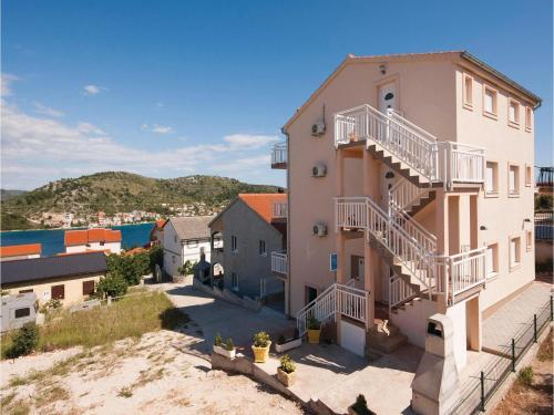 Apartment Rogoznica with Sea View 03