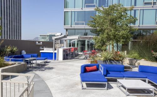 Hollywood Walk of Fame Furnished Apartments Photo
