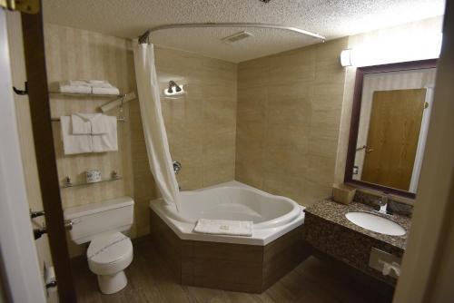Tropical Inn - North Battleford - North Battleford, SK S9A 3W2
