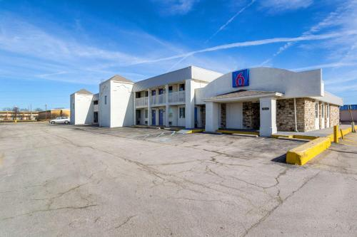 Motel 6 Indianapolis, S. Harding St. photo 4